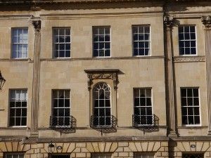 Residential window cleaning - bath